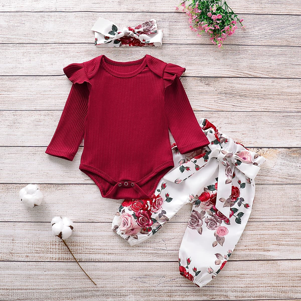 Baby Girl's Roses Printed Clothing Set